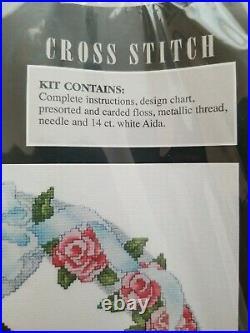 Art of Disney Cross Stitch Mickey & Minnie WEDDING Frame Size 15 x 15
