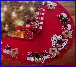 Bucilla GINGERBREAD HOUSE Christmas Tree Skirt Felt Kit-OOP Factory Direct New