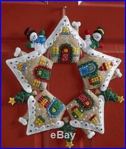 Bucilla GINGERBREAD HOUSE WREATH Felt Christmas Wall Hanging KitRARE F. D. OOP