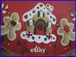 Christmas BUCILLA FELT Applique TREE SKIRT Kit, GINGERBREAD HOUSE, Size 43,85133