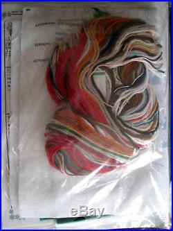 Christmas Bucilla Crewel Stitchery Stocking KIT, SANTA'S SING ALONG, 84301,18