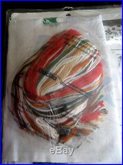 Christmas Bucilla Crewel Stitchery Stocking KIT, SANTA'S SING ALONG, 84301, Gillum