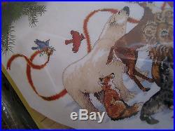 Christmas Dimensions GOLD Counted Tree Skirt KIT, SANTA'S WILDLIFE, Race, 45, #8565