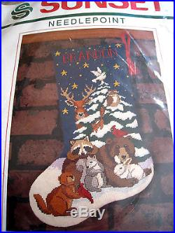 Christmas Sunset Holiday Stocking Kit, FOREST FRIENDS, 19004, Stouffer, Size 16