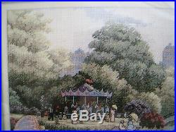 Counted Cross Dimensions GOLD COLLECTION Picture KIT, A STROLL IN THE PARK, 35021