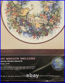 Dimensions Cross Stitch Kit BERRY WREATH WELCOME #35028 Flowers Bird SEALED
