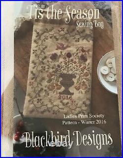 OOP! Blackbird Designs Ladies Prim Society Kit TIS THE SEASON Sewing Bag
