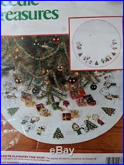 Snoopy Peanuts Sing Along Tree Skirt Counted Cross Stitch Needle Treasures