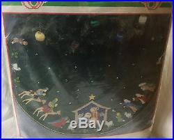Vintage Bucilla Felt Appliqué Tree Skirt Kit Nativity #82623 43 Round