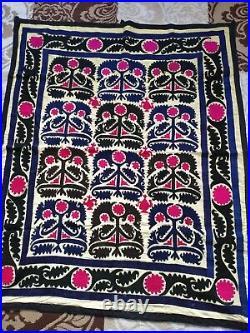 Vintage Suzani wall tapestry Suzani wall hanging -Uzbekistan suzani 125x103 cm